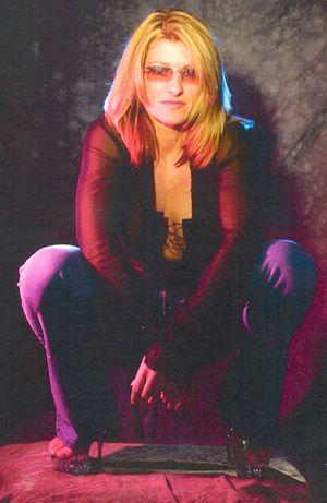 Anastacia Lookalike