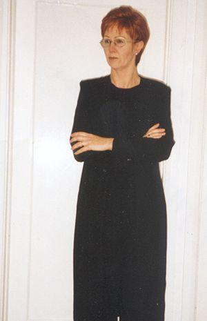 Anne Robinson Lookalike