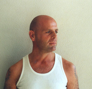 Bruce Willis lookalike... Bruce Willis