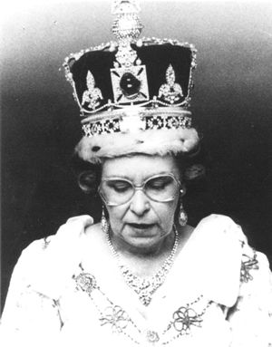 The Queen Lookalike