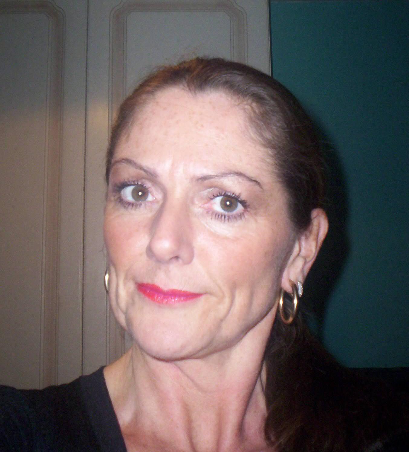 Lorraine Chase Net Worth